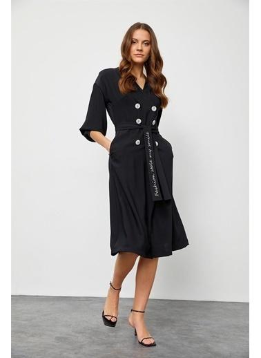 Setre Bej Kuşaklı Kruvaze Elbise Siyah